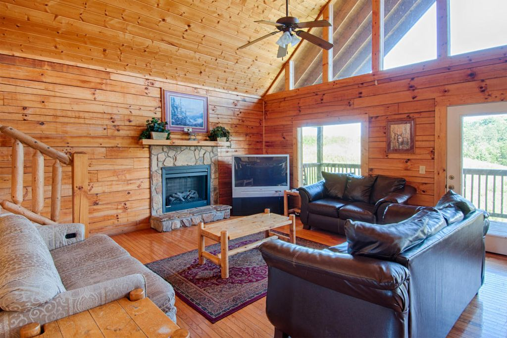 Pigeon forge cabin lantern hill lodge 7 bedroom - 7 bedroom cabins in pigeon forge ...