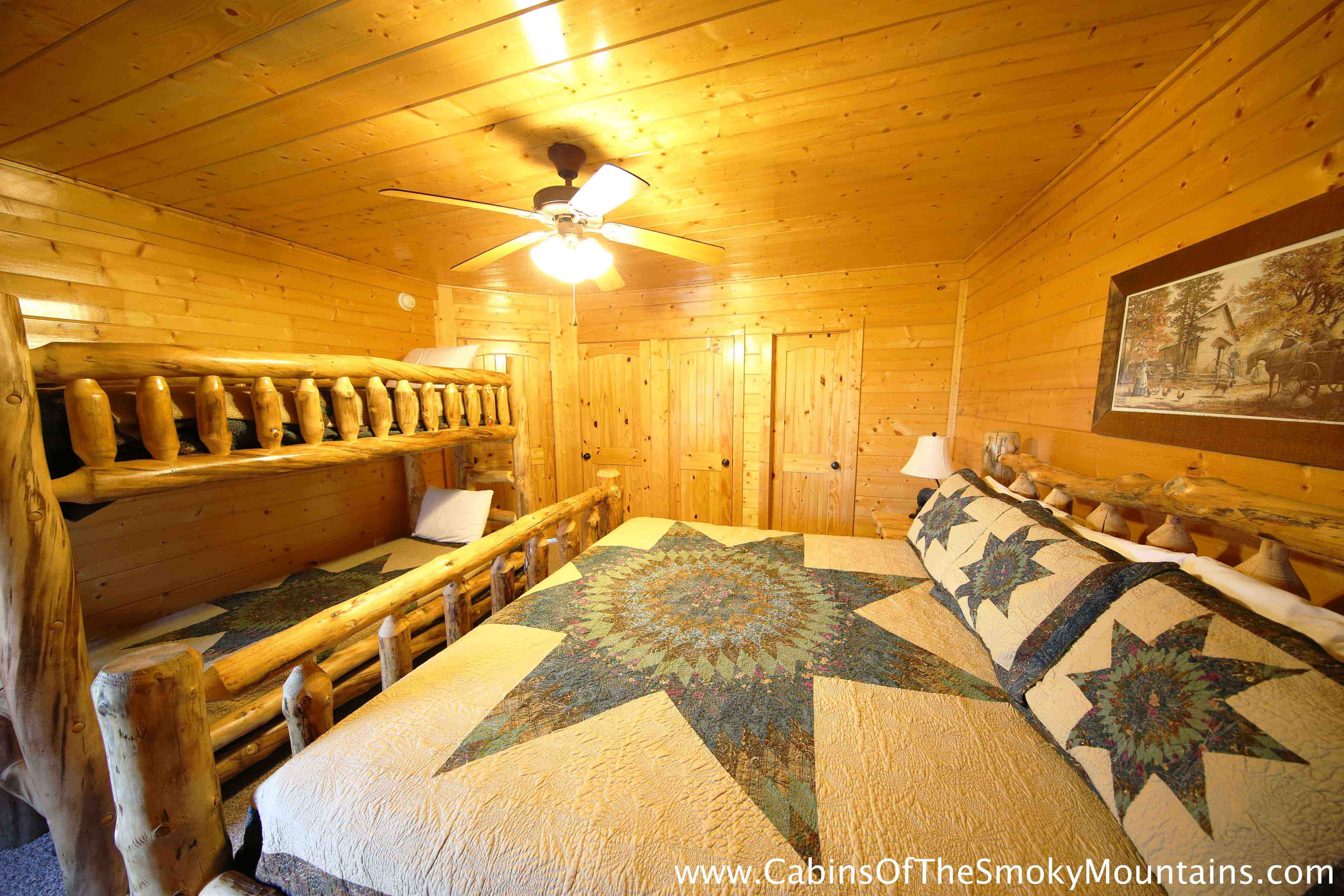 Pigeon Forge Cabin Breathless 3 Bedroom Sleeps 8