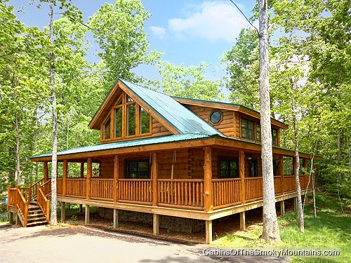 Wears valley cabin brother bears lodge 2 bedroom for Www cabins of the smoky mountains com