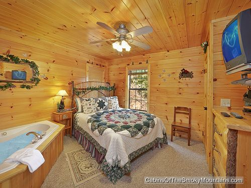 gatlinburg cabin sugar cove 1 bedroom sleeps 4 jacuzzi