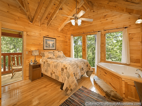 Gatlinburg cabin mountain blessing 4 bedroom sleeps 13 jacuzzi bunk beds for 3 bedroom cabins in smoky mountains