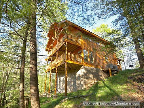 Gatlinburg cabin secret romance 1 bedroom sleeps 8 jacuzzi for One bedroom cabins in gatlinburg