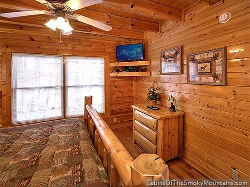 Pigeon Forge Cabin Love View Too 2 Bedroom Sleeps 14