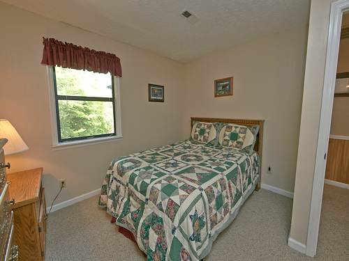 Gatlinburg Cabin Leconte View 5 Bedroom Sleeps 12 Swimming Pool Access Fire Pit