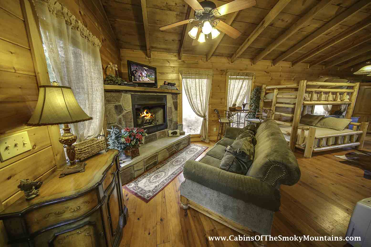 Top 10 Image Of 1 Bedroom Cabins In Pigeon Forge