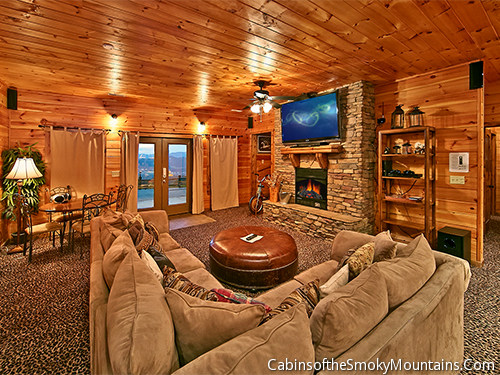 Pigeon forge cabin eagle lodge from for Smoky mountain cabin rentals gatlinburg tn