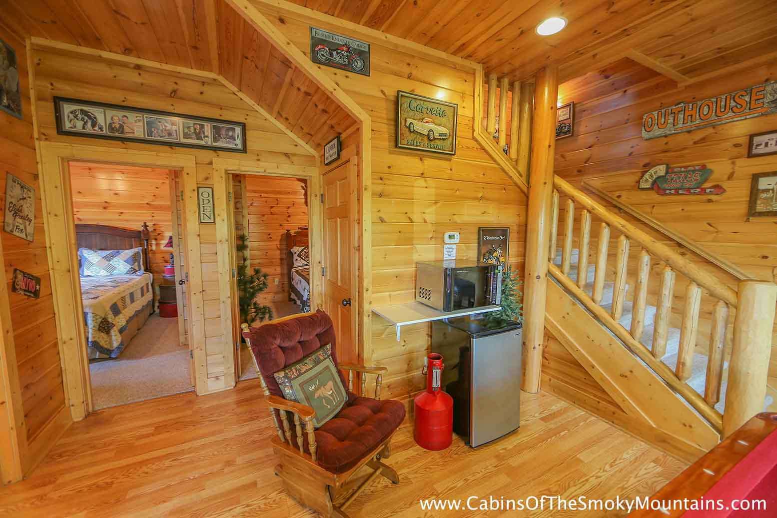 Pigeon Forge Cabin Family Traditions 4 Bedroom Sleeps 14 Jacuzzi Swimming Pool Access