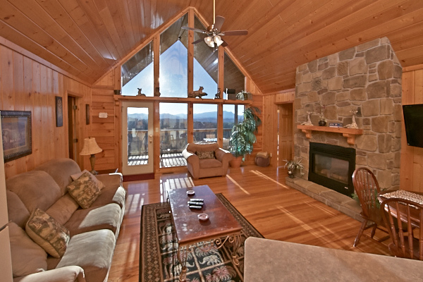 Pigeon forge cabin private sunsets 2 bedroom sleeps for Smoky mountain cabin rental with private pool