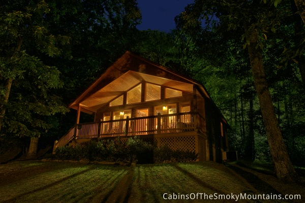 picture of In the Woods cabin