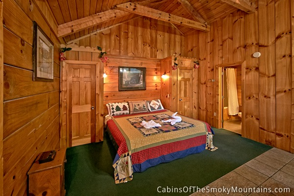 pigeon forge cabin secret seclusion 1 bedroom sleeps 2 jacuzzi