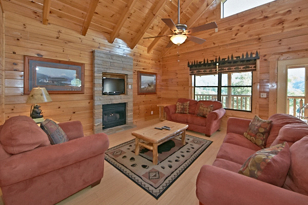 pigeon forge cabin gatlinburg overlook 3 bedroom sleeps 10