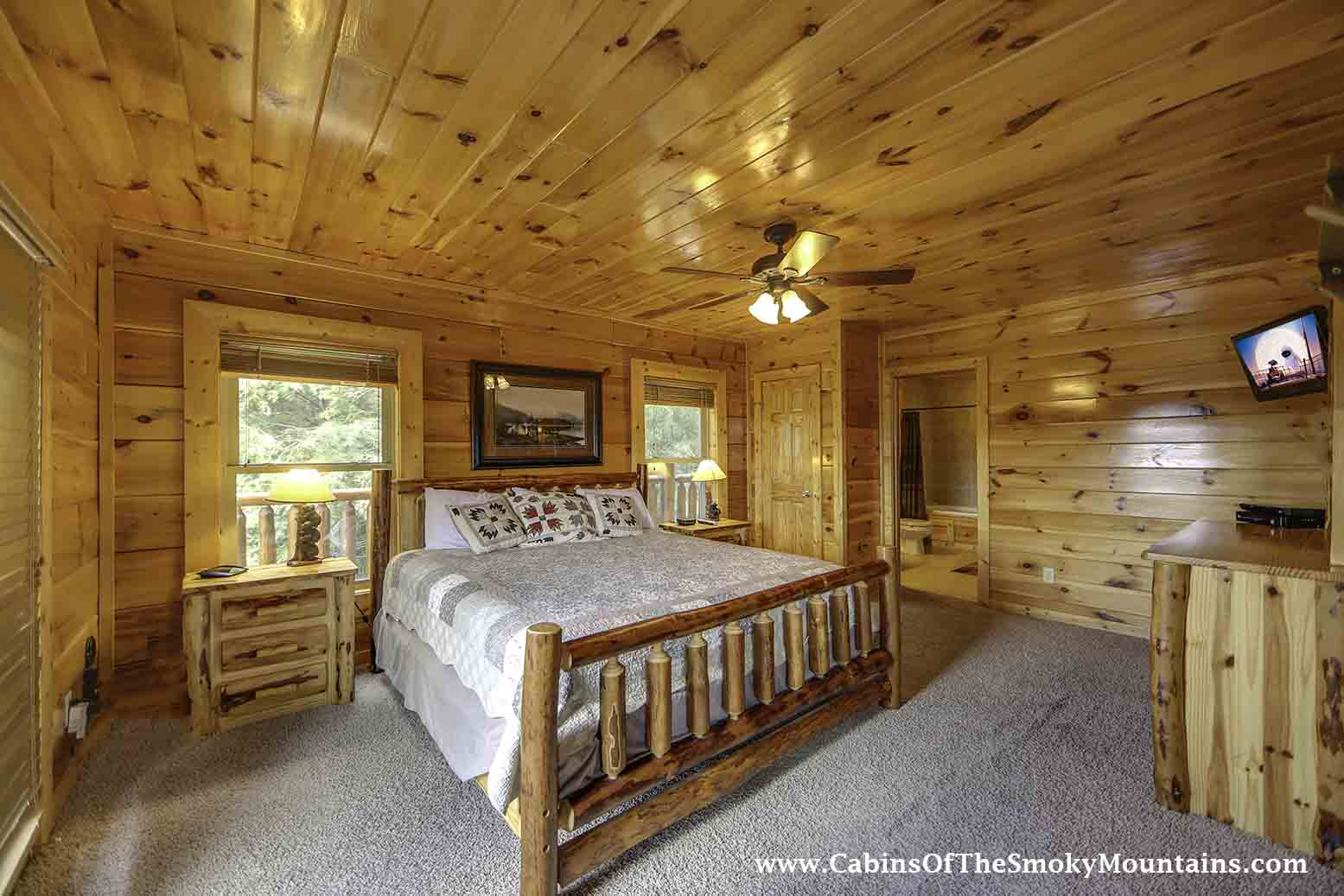 gatlinburg cabin vista lodge 6 bedroom sleeps 22 jacuzzi