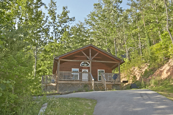 pigeon forge cabin mama bear from