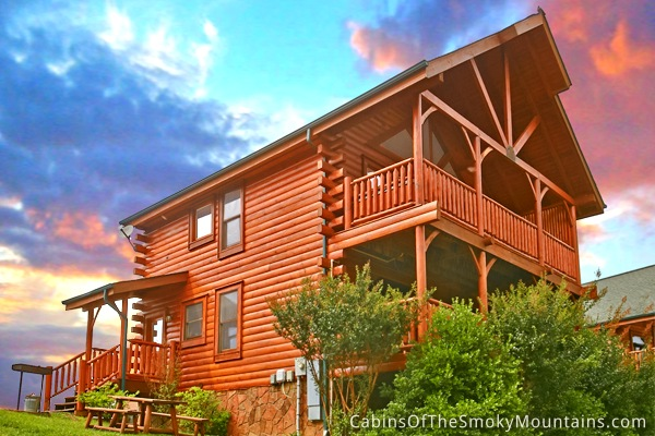 Pigeon forge cabin majestic mountain view from for Cabins for rent in gatlinburg and pigeon forge