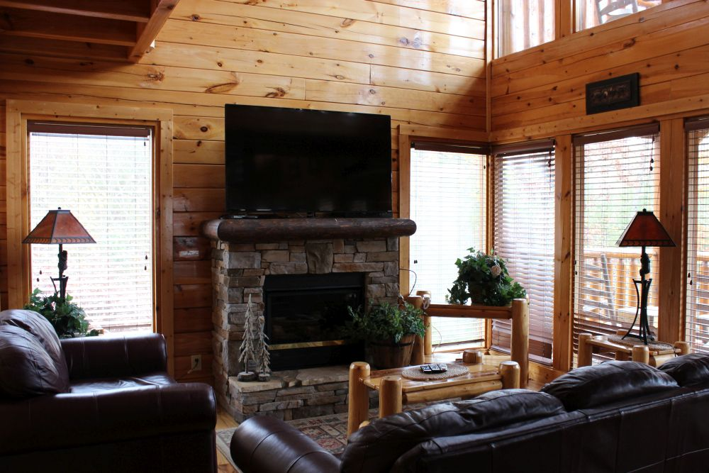Pigeon Forge Cabin Peaceful Retreat 2 Bedroom Sleeps 12