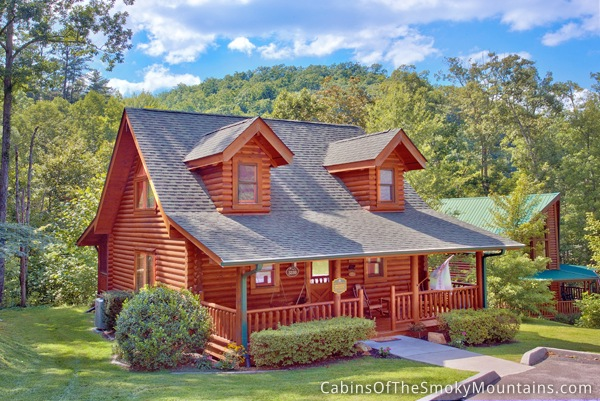 Wears valley cabin creekside hideaway 1 bedroom for Smoky mountain cabin rental with private pool