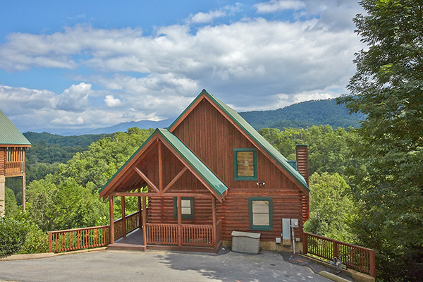 Pigeon Forge Cabin Contentment 4 Bedroom Sleeps 12