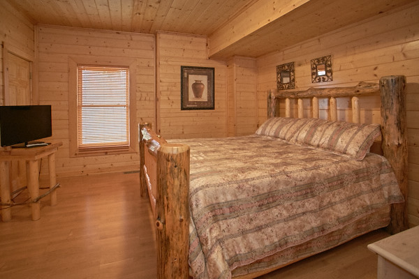 Wears Valley Cabin Mountain Echoes 4 Bedroom Sleeps 10 Jacuzzi Bunk Beds Home Theater