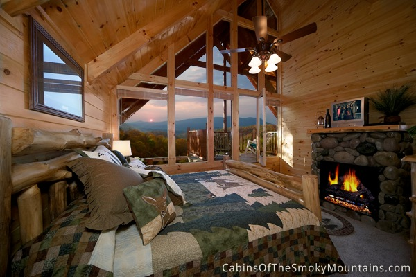 Pigeon forge cabin the loose moose 8 bedroom sleeps 32 for 8 bedroom cabins in gatlinburg