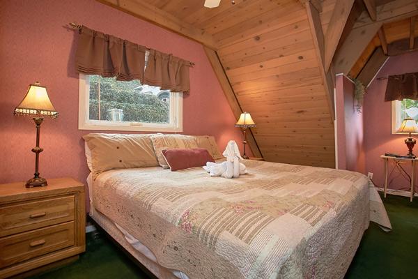 Gatlinburg Cabin Grand Pinnacle 5 Bedroom Sleeps 22 Swimming Pool Access