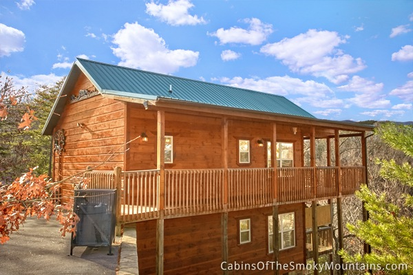 Pigeon forge cabin climbing bear 2 bedroom sleeps 6 jacuzzi for 2 bedroom hotels in gatlinburg tn