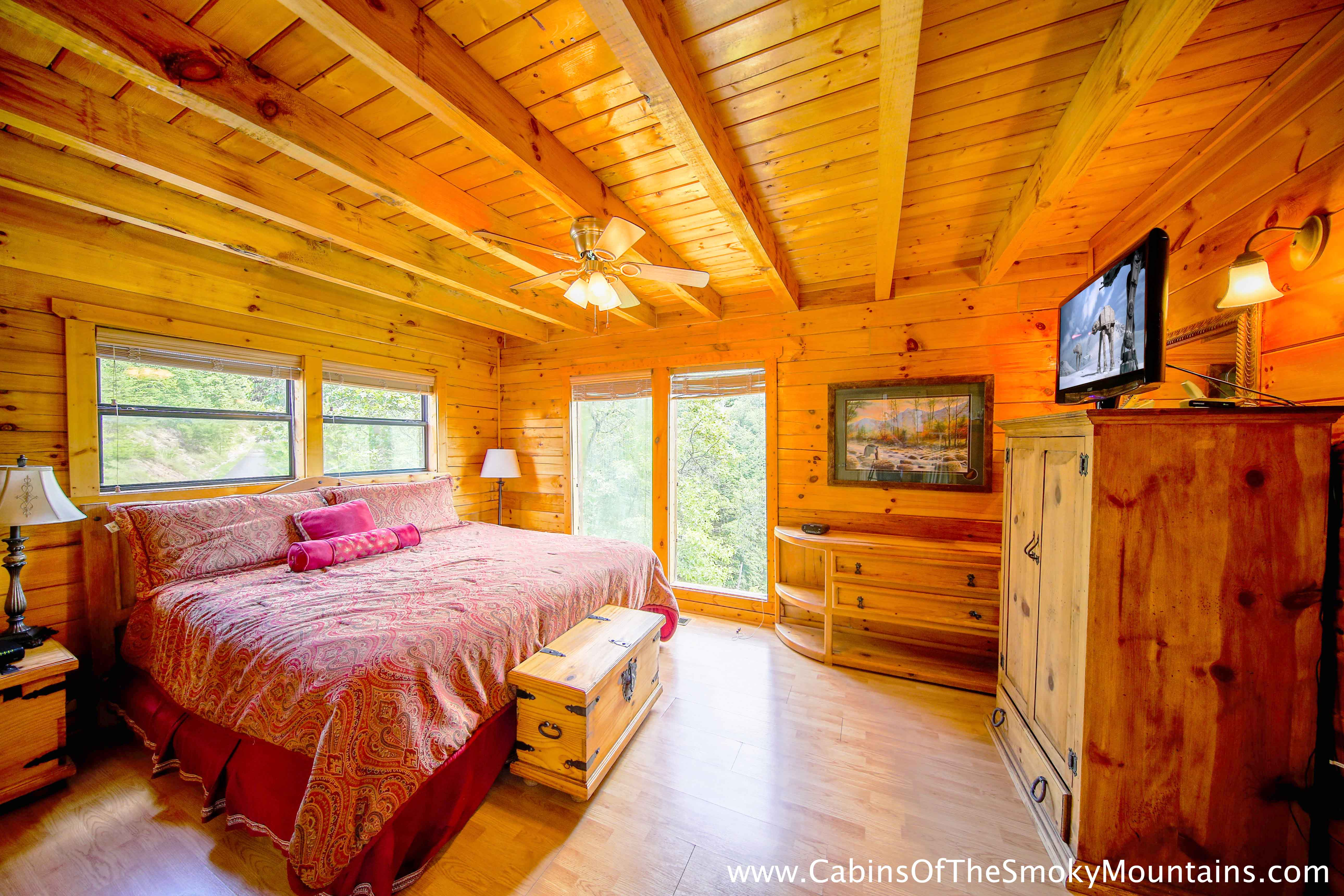 Pigeon Forge Cabin Chalet D 39 Mont 2 Bedroom Sleeps 6 Jacuzzi