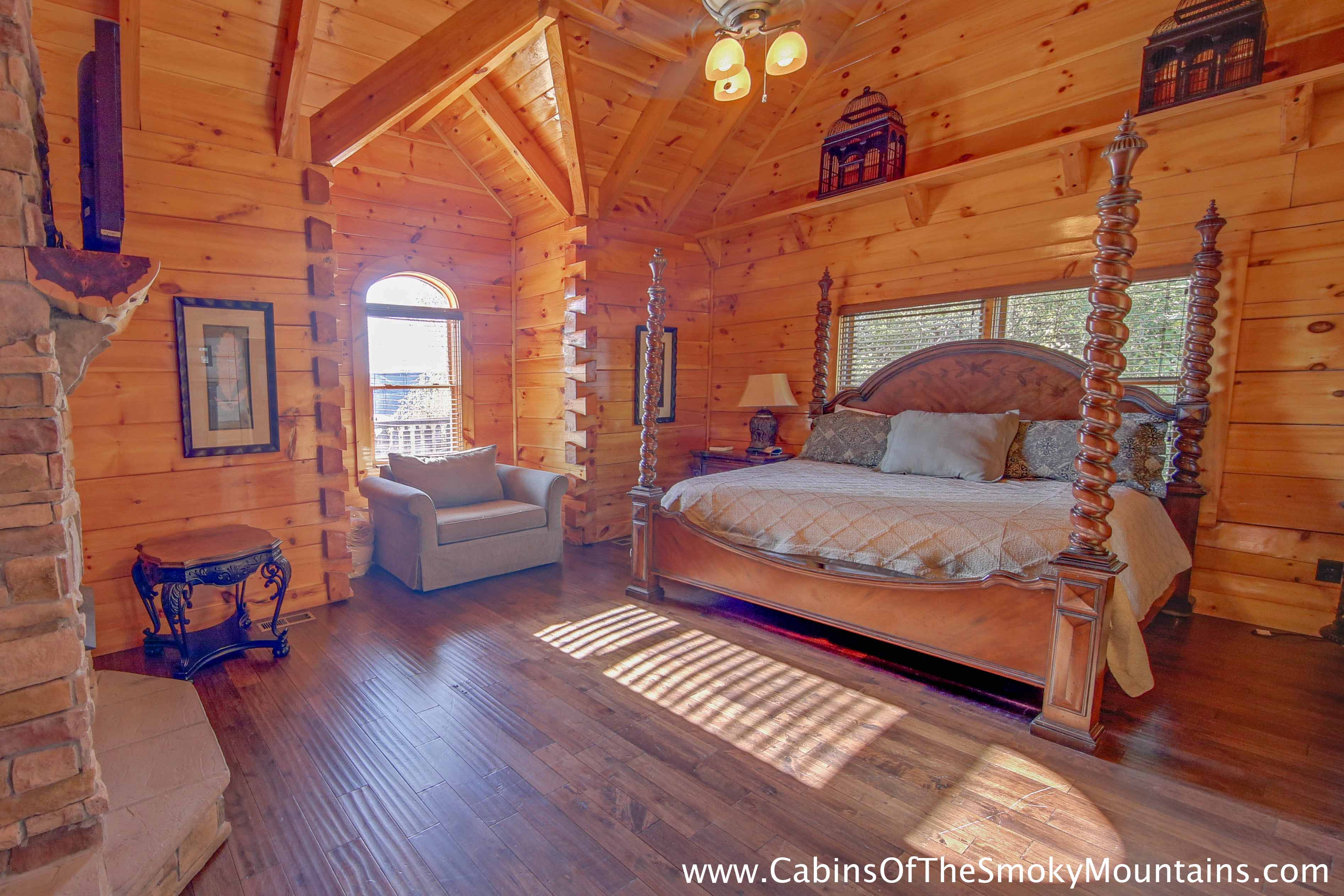 Lodge Bedroom Pigeon Forge Cabin Iron Mountain Lodge 6 Bedroom Sleeps 22