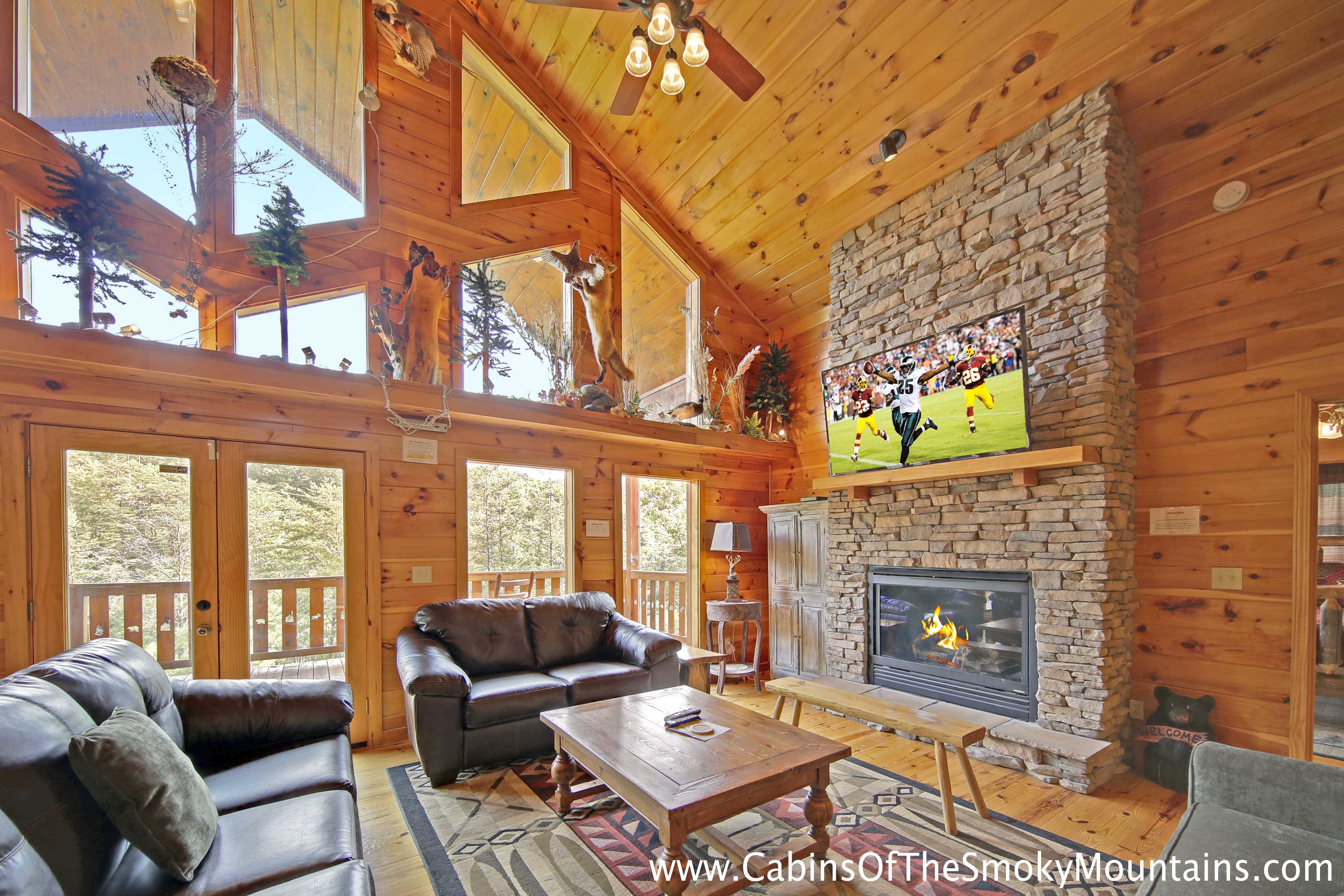 Pigeon Forge Cabin Hidden Owl Lodge 4 Bedroom Sleeps 19