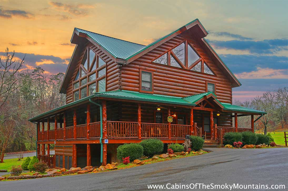 Pigeon Forge Cabin Mountain Jubilee 8 Bedroom Sleeps 28