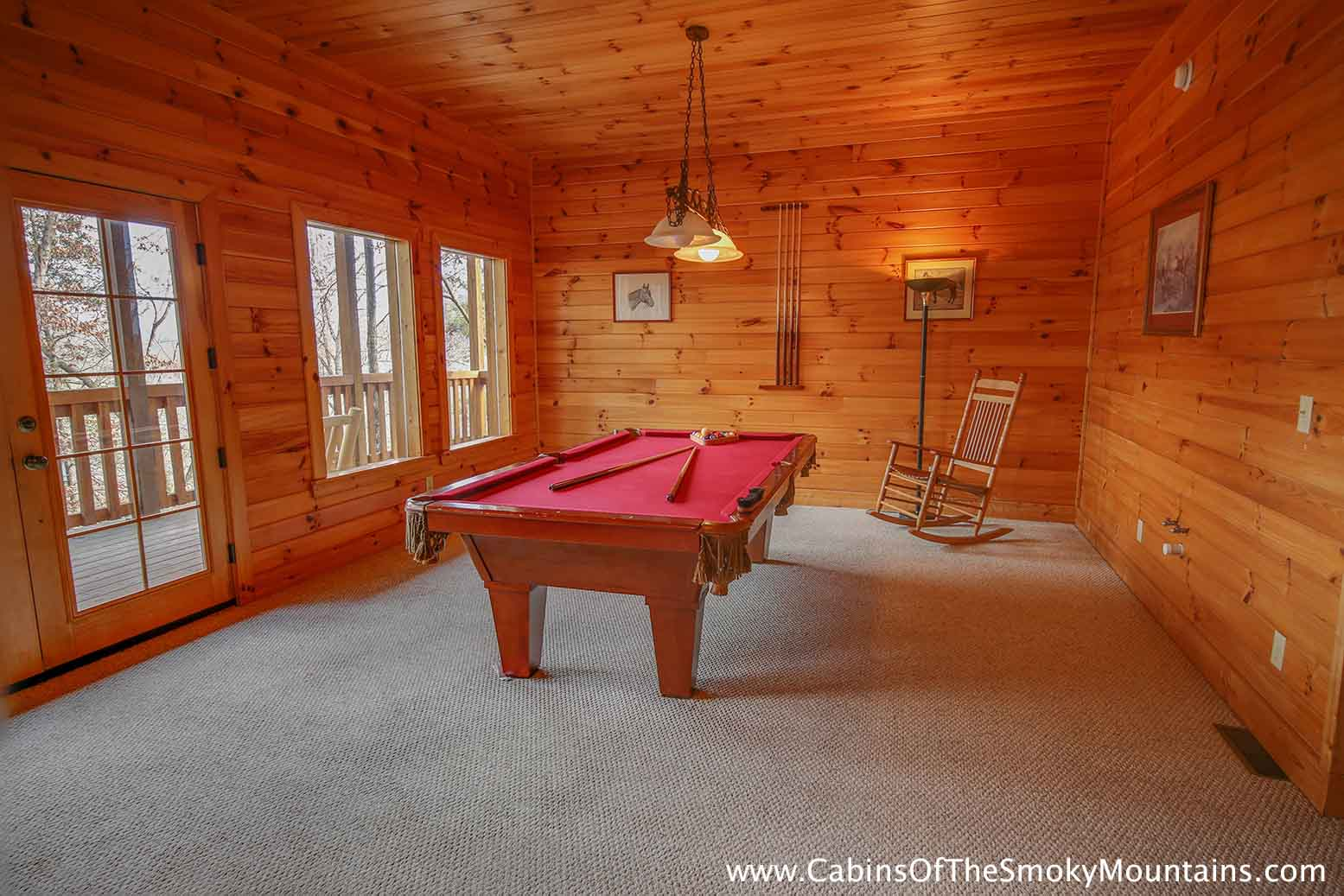 Pigeon Forge Cabin Smoky Bear 39 S Den 5 Bedroom Sleeps 14