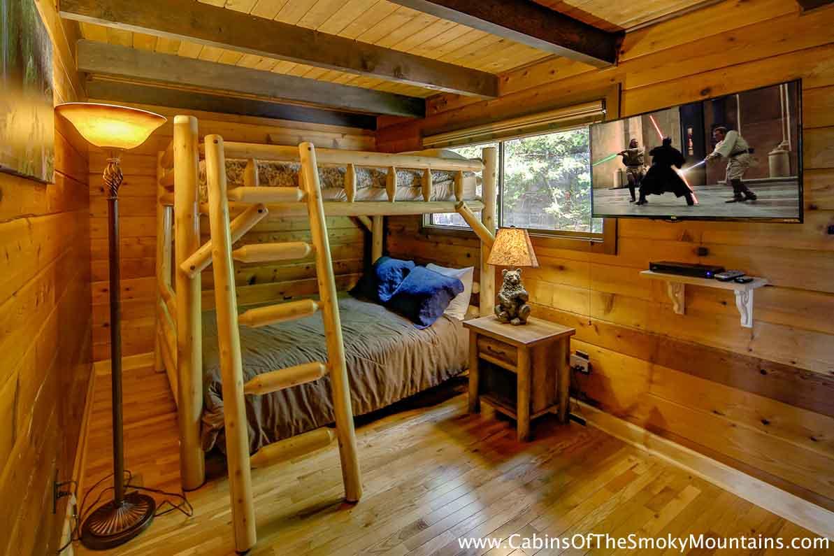 Gatlinburg Cabin Mountain Sunrise 9 Bedroom Sleeps 32 Jacuzzi Bunk Beds Swimming