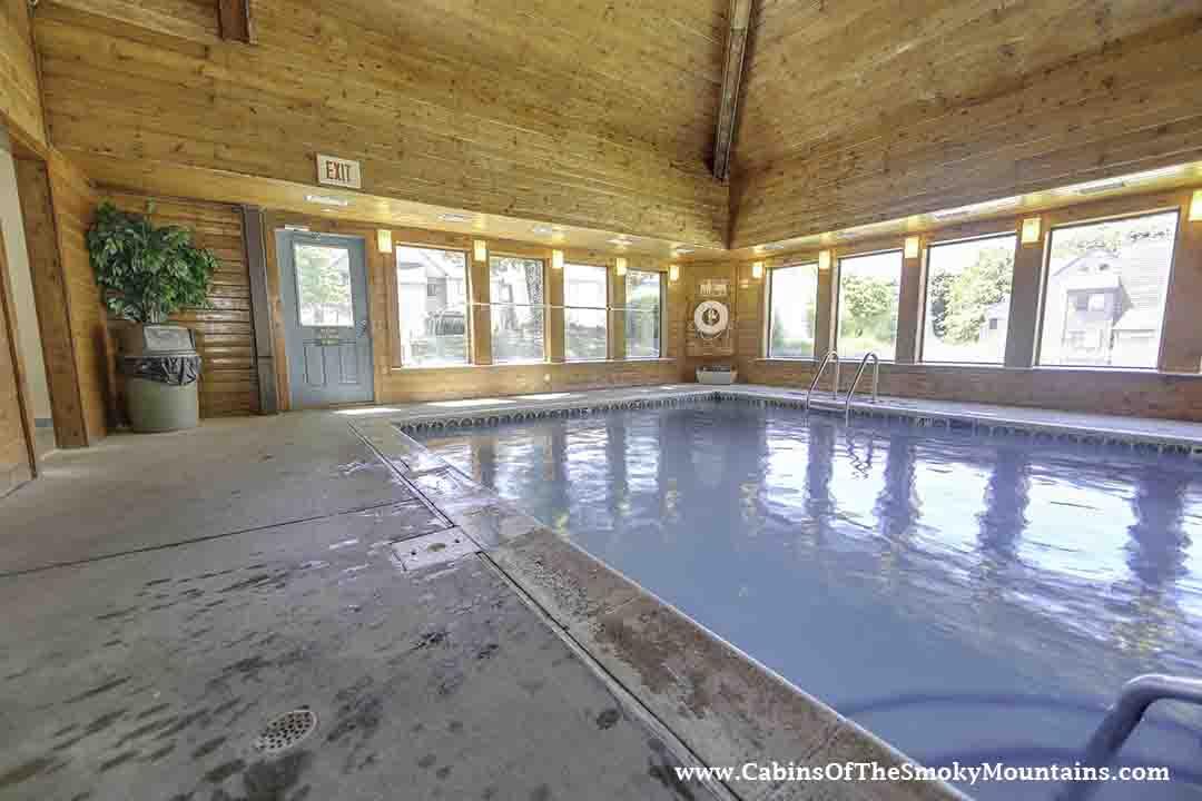 Gatlinburg Cabin Summit View 2 Bedroom Sleeps 6 Swimming Pool Access Swimming Pool Access