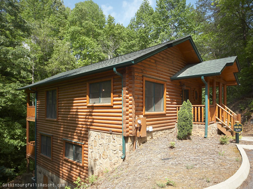 Gatlinburg cabin never tell 1 bedroom sleeps 8 for 8 bedroom cabins in gatlinburg