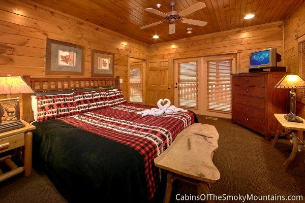 Gatlinburg Cabin Stairway To Heaven 9 Bedroom Sleeps 24 Jacuzzi Swimming Pool Access