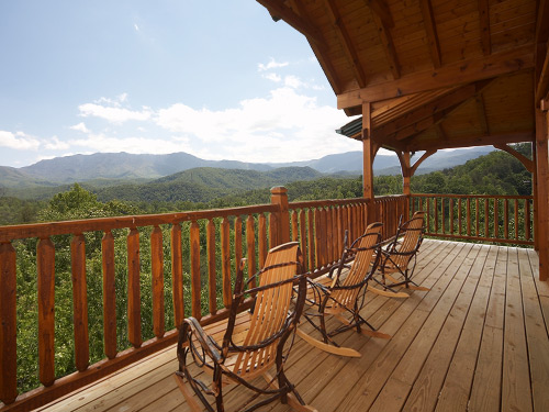 Smoky Mountain Cabins ~ Gatlinburg cabin dreams come true bedroom sleeps