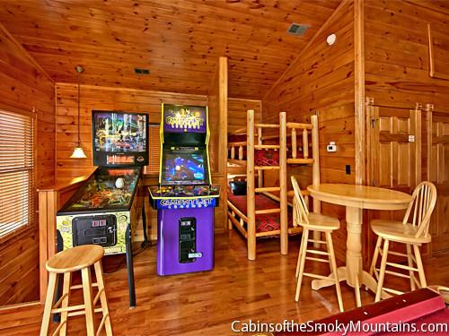 Gatlinburg Cabin Elizabeth S View Ii 3 Bedroom Sleeps 12
