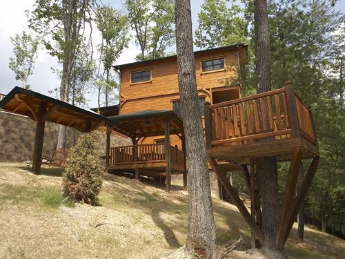 Gatlinburg cabin campfire memories 3 bedroom sleeps for 3 bedroom cabins in smoky mountains