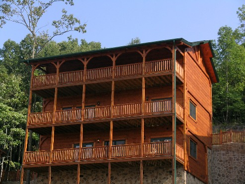 Gatlinburg Cabin Cherokee Lodge 5 Bedroom Sleeps 18 Swimming Pool Access Home Theater