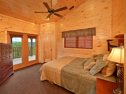 Pigeon forge cabin parkview mansion 9 bedroom sleeps 27 for 8 bedroom cabins in gatlinburg