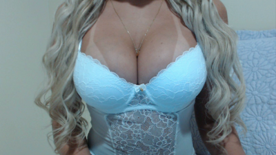 Chat webcam com Loirinhahot ao vivo
