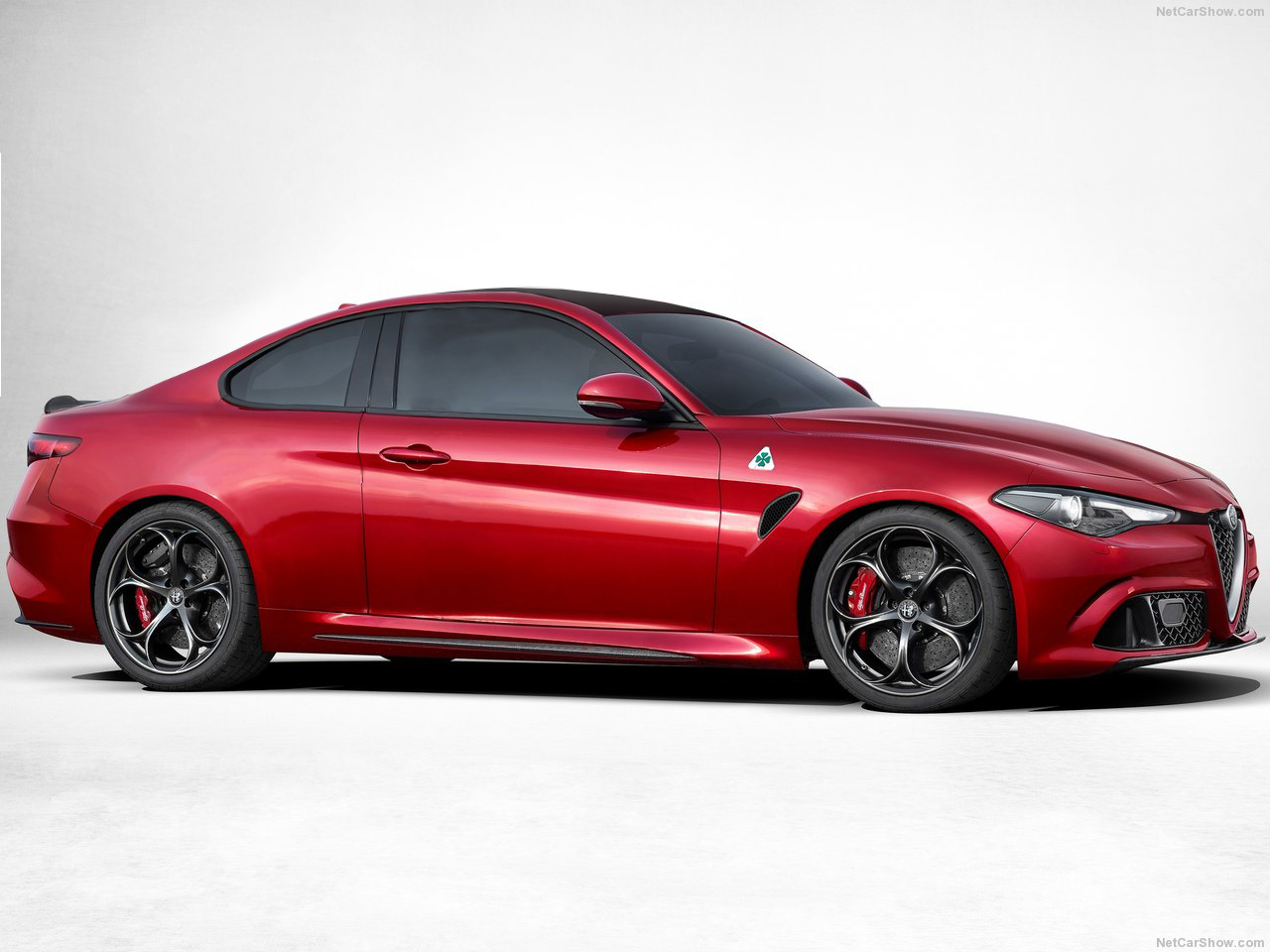 the new alfa romeo giulia looks predictably stunning as an estate. Black Bedroom Furniture Sets. Home Design Ideas