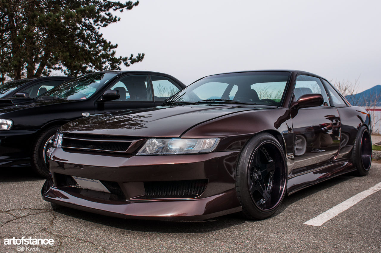 The Front Of A Minivan Honda Odyssey Rb1 On A S13 Coupe