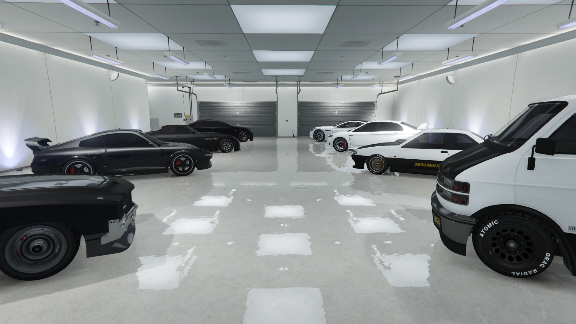I Just Realised I Only Had Black And White Cars In My Gta