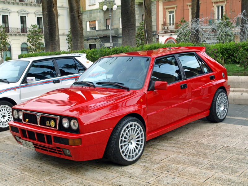 Mini Supercars For Sale >> My favourite car ever! The Lancia Delta Integrale EVO! Who else love this car?