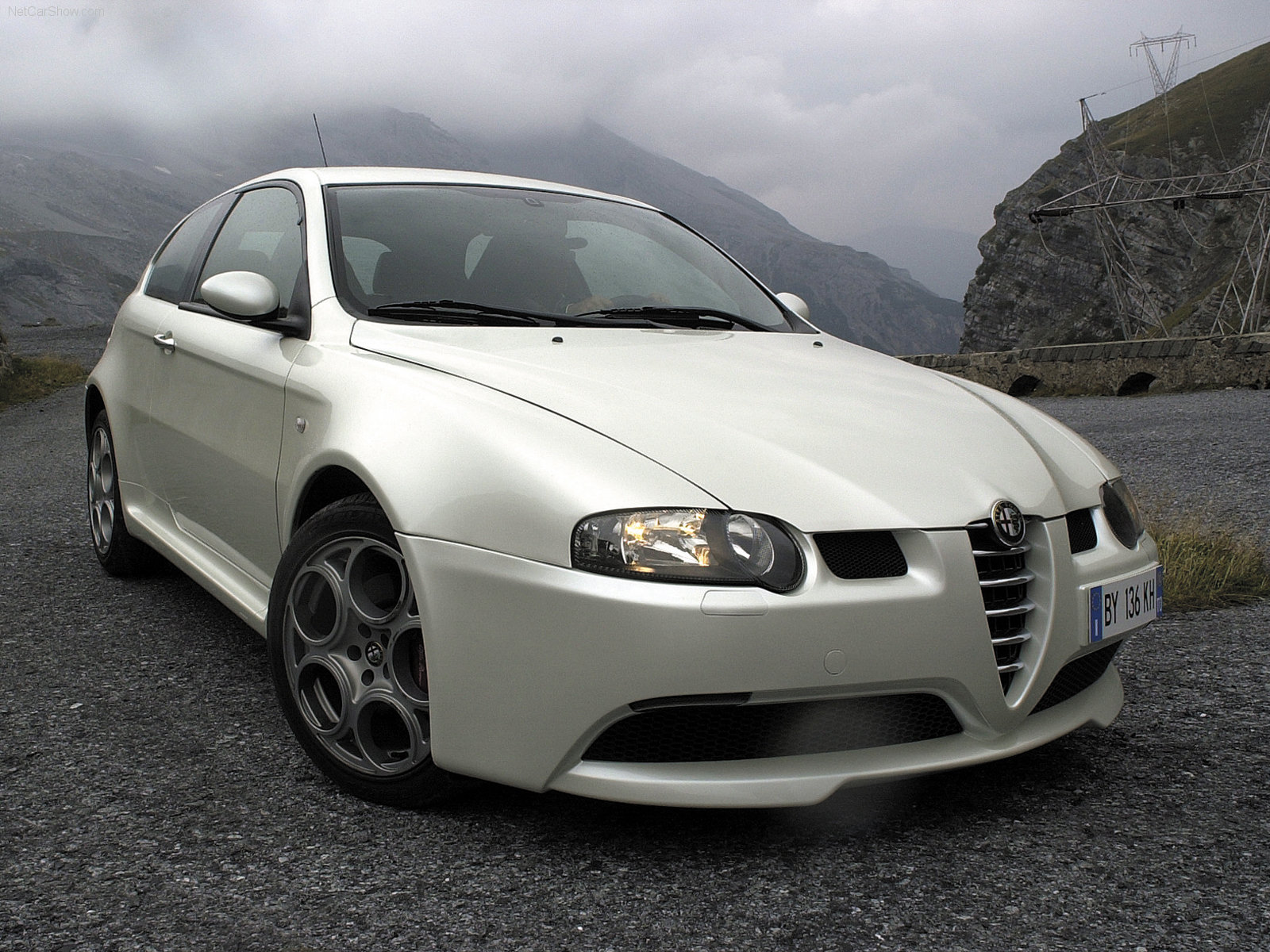 to celebrate 247 score here is a 247hp alfa romeo 147 gta. Black Bedroom Furniture Sets. Home Design Ideas