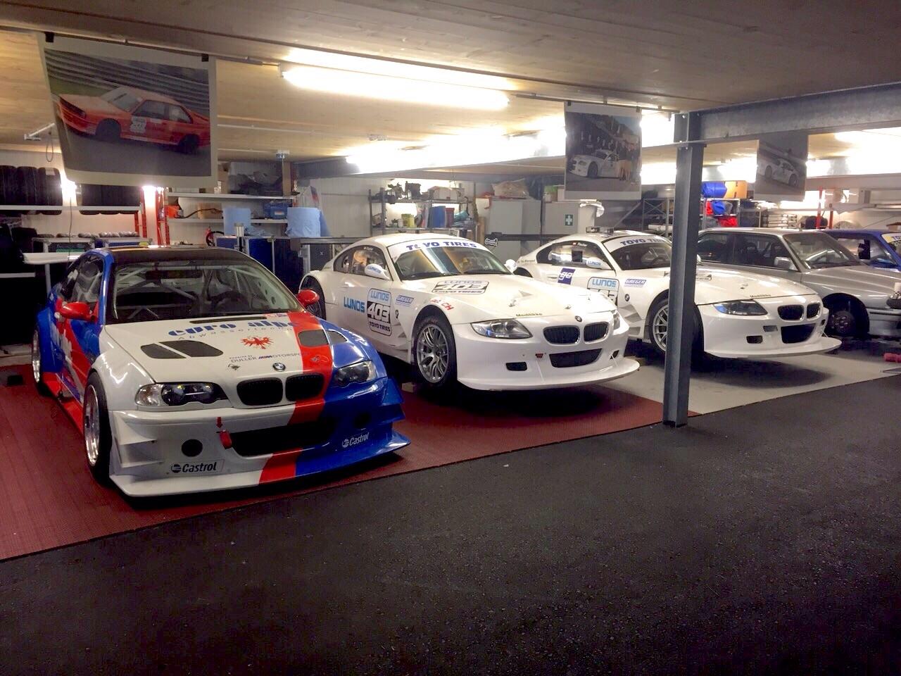 Racing Garage Of A Friend E46 M3 Gtr E86 Z4 Gt3 E30 M3