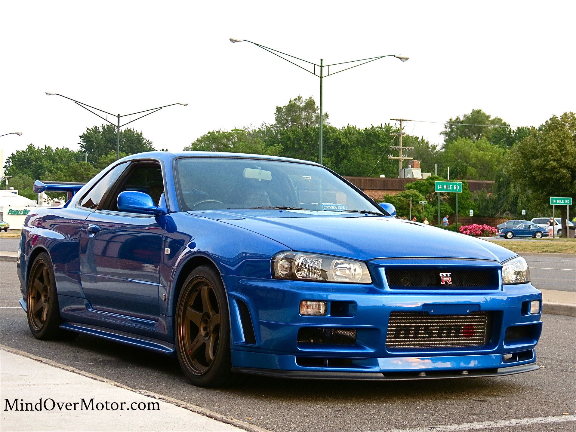 For A Score Of 34, Here's A Beautiful Nissan Skyline GT-R