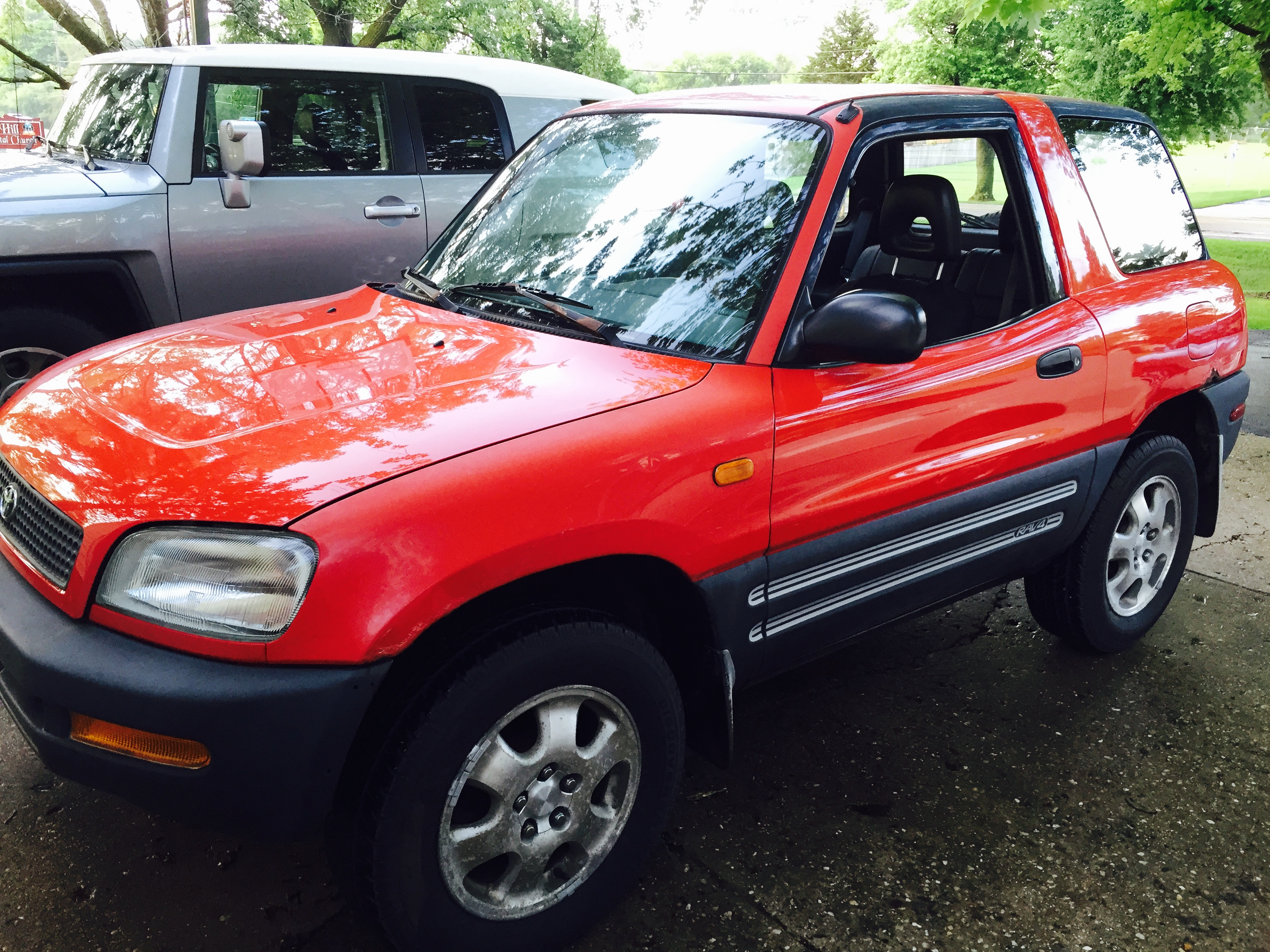picked this guy up a few weeks ago 1996 rav4 awd 5 speed. Black Bedroom Furniture Sets. Home Design Ideas