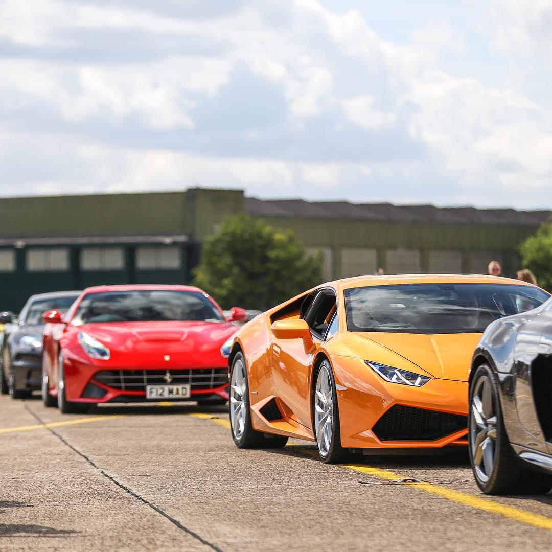 Ferrari V Lambo Riadarianemedia 📷: @riadarianemedia