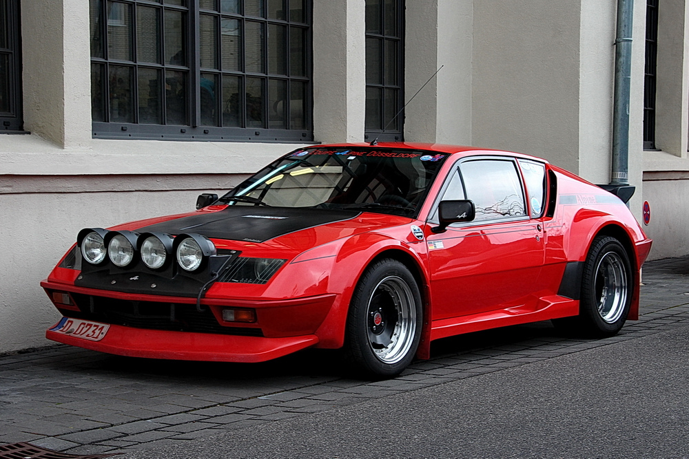 just a french renault alpine a310 hoping to beat the. Black Bedroom Furniture Sets. Home Design Ideas